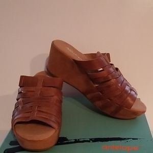 Antelope Woven Leather Wedge Sandals Size 9